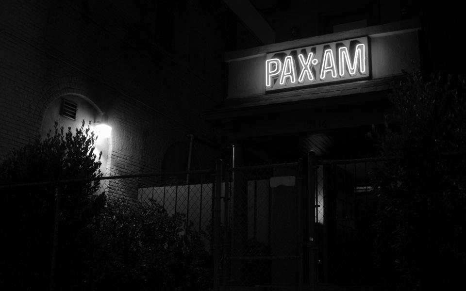 Slide_Paxam_Neon